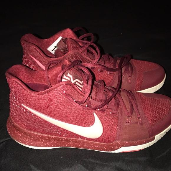 63b270ff01f81 Men's Kyrie 3 basketball shoes. M_5bc18b173c98449fbdb9e8d8